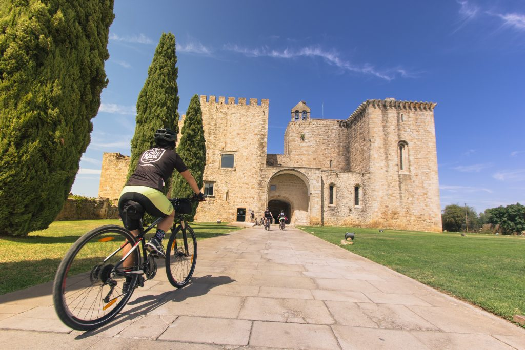 Alentejo Bike Tour Portugal - cycling in Crato
