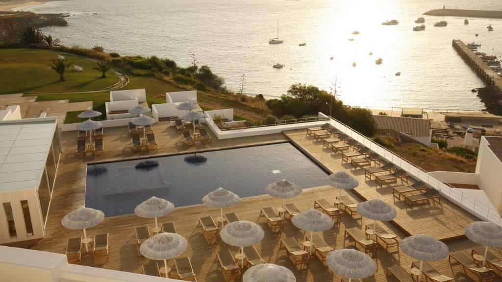 Memmo Baleeira Hotel - Poole view
